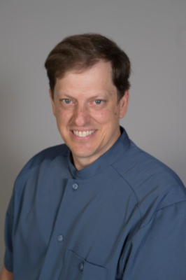 Dr Iannick Charlebois